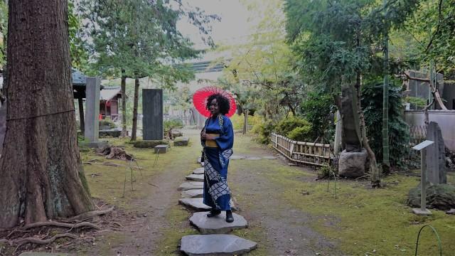 me-kimono