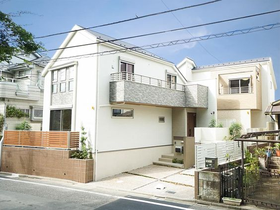 A 3LDK House in Tokyo